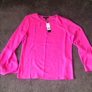 🎀NWT🎀 BR | Bell Sleeves Blouse